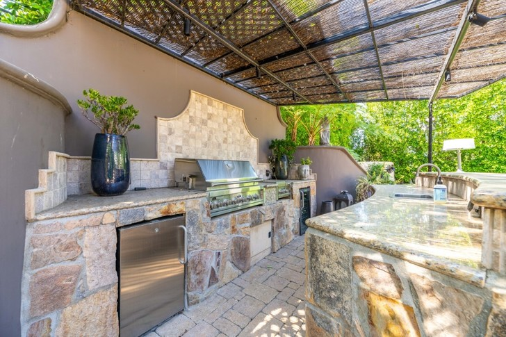 Актриса Кейли Куоко продает свой дом в Лос-Анджелесе (фото 6)