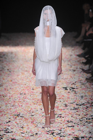 Показы мод Givenchy Весна-лето 2009 | Подиум на ELLE - Подиум - фото 3278
