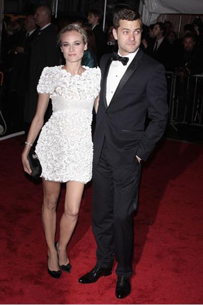 Даяна Крюгер в платье от Chanel