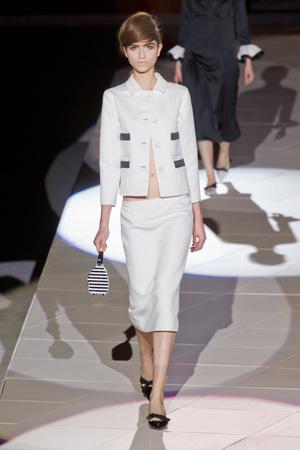 Показы мод Marc Jacobs Весна-лето 2013 | Подиум на ELLE - Подиум - фото 1259