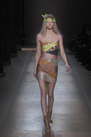 Показ Valentino коллекции сезона Весна-лето 2010 года Haute couture - www.elle.ru - Подиум - фото 139291
