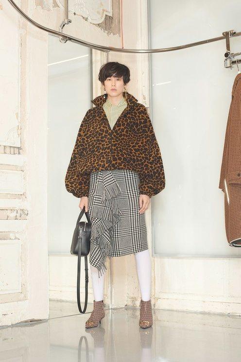 Шесть новых способов носить леопардовый принт (фото 5.1)