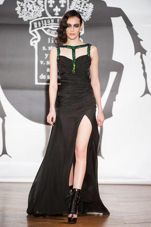 Показ On Aura Tout Vu коллекции сезона Весна-лето 2013 года Haute couture - www.elle.ru - Подиум - фото 480260