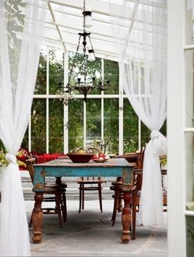 Журнал ELLE DECORATION представил лучшие идеи для домов на природе и летних террас
