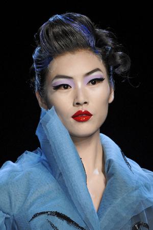 Показ Christian Dior коллекции сезона Весна-лето 2011 года haute couture - www.elle.ru - Подиум - фото 215450