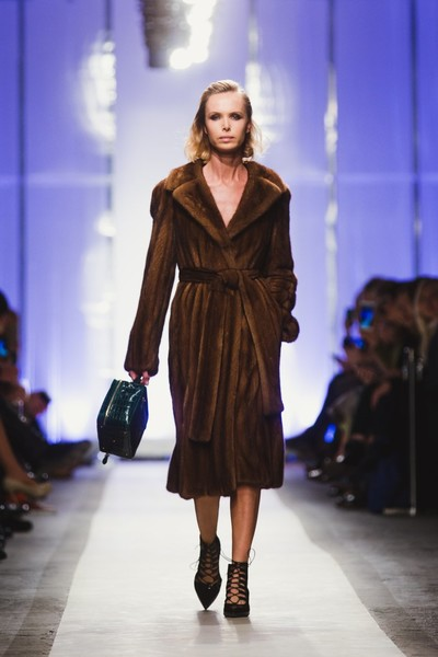 К зиме готовы: модный показ в ЦУМе | галерея [1] фото [30]