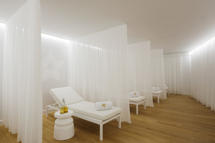 Только для взрослых: новый отель Марселя Вандерса на Майорке (фото 20)