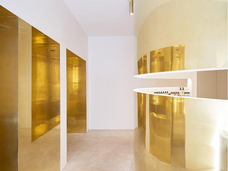 Сияние золота: салон красоты и бутик в Париже (фото 2)