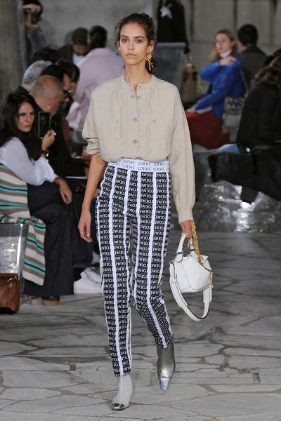 Неделя моды в Париже: день четвертый | галерея [1] фото [13]