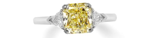 Кольцо, платина, желтый и белые бриллианты, Graff, 2 120 600 руб.