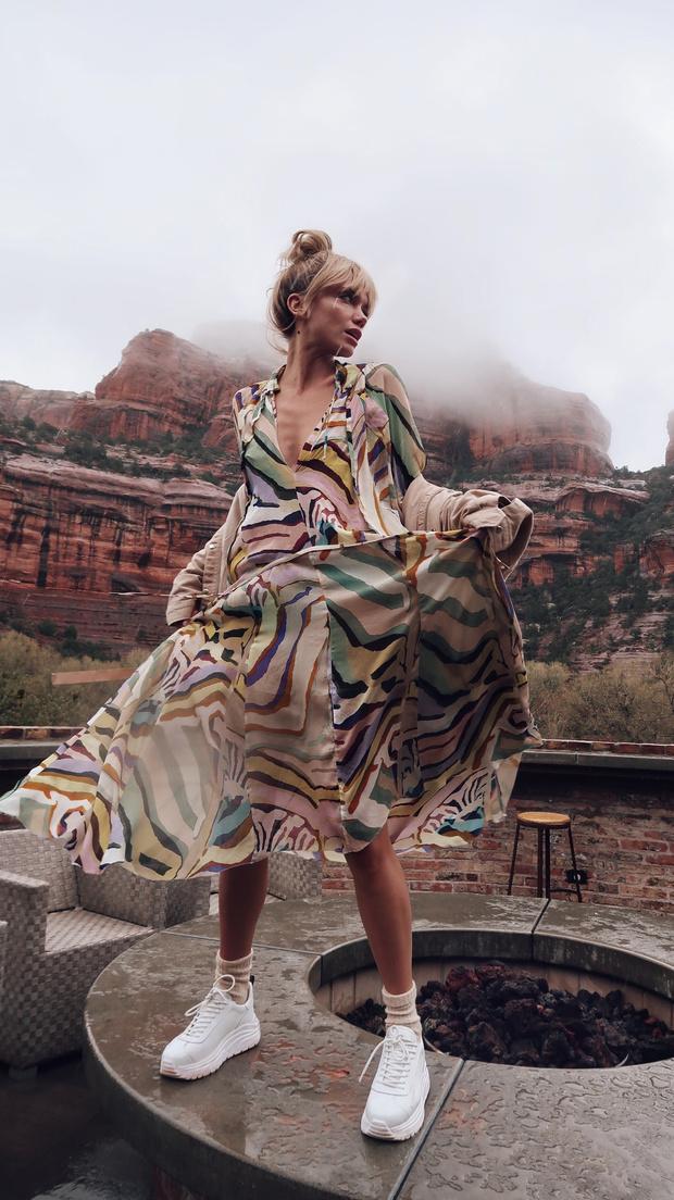 Дневник Валерии Дергилевой: как прошел иммерсивный показ H&M Studio в красных каньонах Аризоны (фото 9)