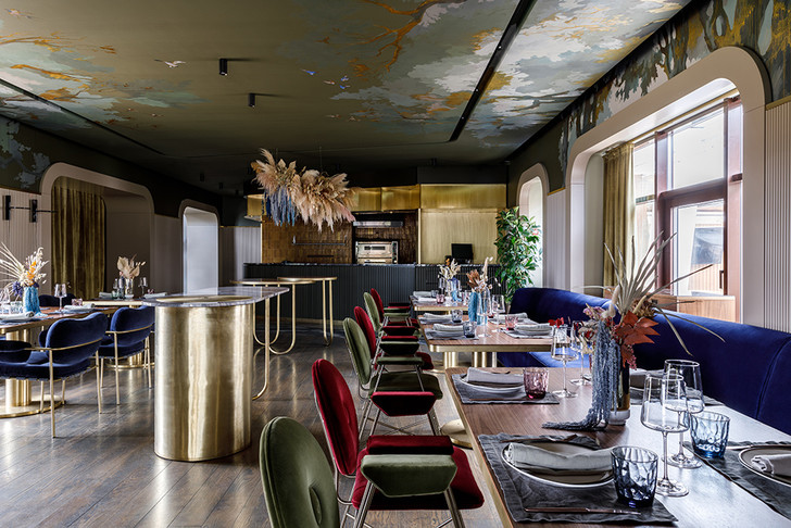 Ресторан с росписями под Белгородом (фото 7)