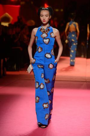 Показ Schiaparelli коллекции сезона Весна-лето 2015 года Haute couture - www.elle.ru - Подиум - фото 592943