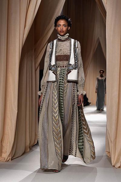 Показ Valentino Haute Couture   галерея [1] фото [24]