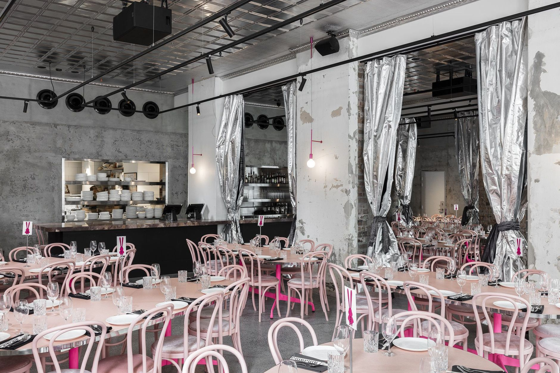 Брутальный розовый: ресторан Chin Chin в Сиднее (галерея 4, фото 0)