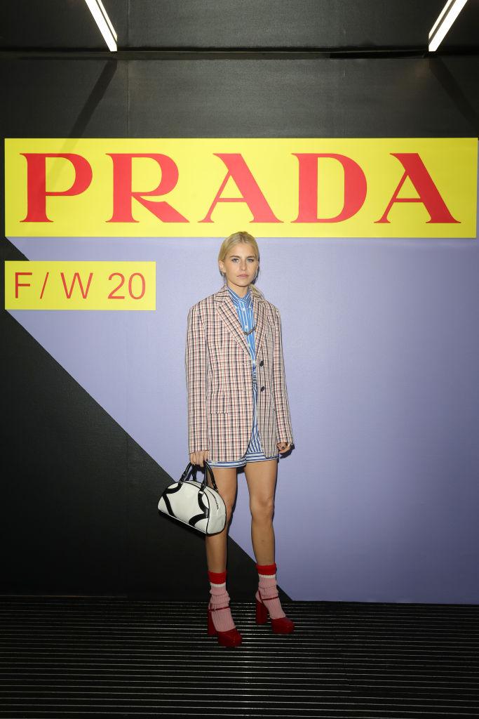 Барбара Палвин, Джильда Амбросио, Кьяра Ферраньи и другие гости показа Prada Menswear Fashion Week (фото 6)