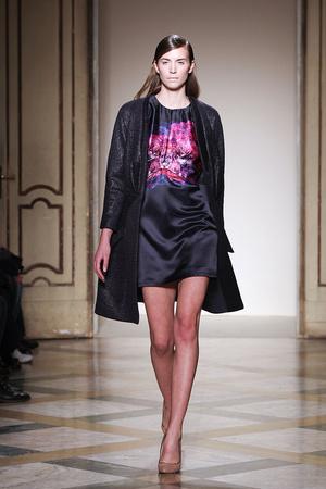 Показы мод Silvio Betterelli Осень-зима 2012-2013 | Подиум на ELLE - Подиум - фото 1503