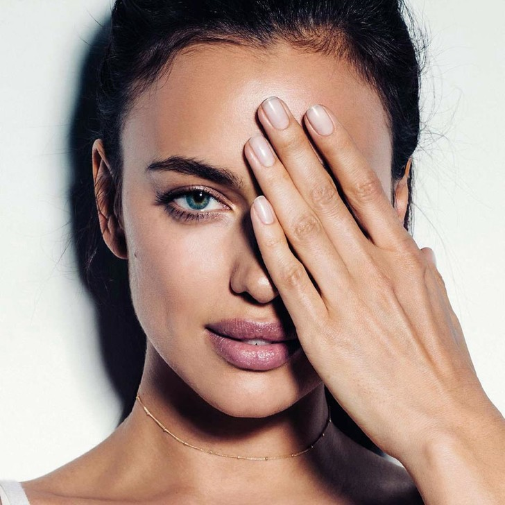 12 самых эффективных средств для кожи вокруг глаз