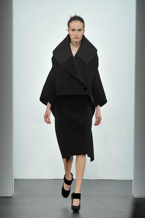 Показ Calvin Klein коллекции сезона Осень-зима 2009-2010 года prêt-à-porter - www.elle.ru - Подиум - фото 89324