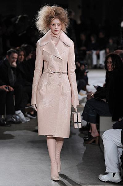 Неделя моды в Париже: показы Alexander McQueen и Paul & Joe ready-to-wear осень — зима 2015-2016 | галерея [1] фото [2]
