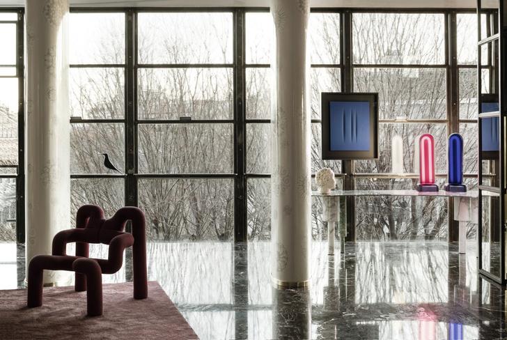 Интерьер с обложки: квартира архитектора   Луки Бомбассеи в Милане (фото 11)