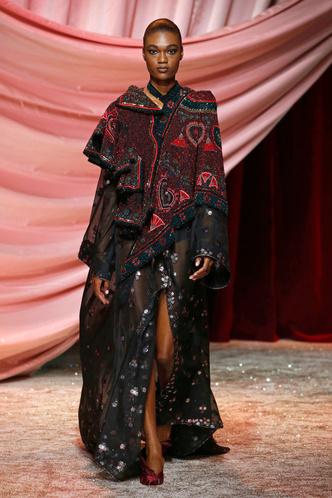Побег из Самарканда: показ Ulyana Sergeenko Couture в Париже (фото 12.2)