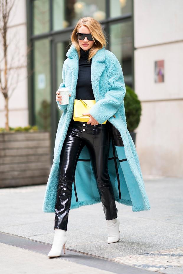 Как носить кожаные брюки? Показывает Рози Хантингтон-Уайтли (фото 3)