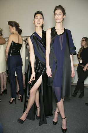Показ Bouchra Jarrar коллекции сезона Весна-лето 2013 года Haute couture - www.elle.ru - Подиум - фото 479720