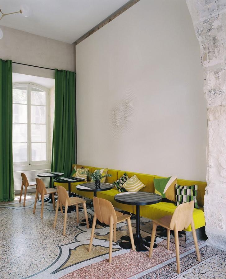 Отель Le Cloître в Провансе: проект Индии Мадави (фото 10)