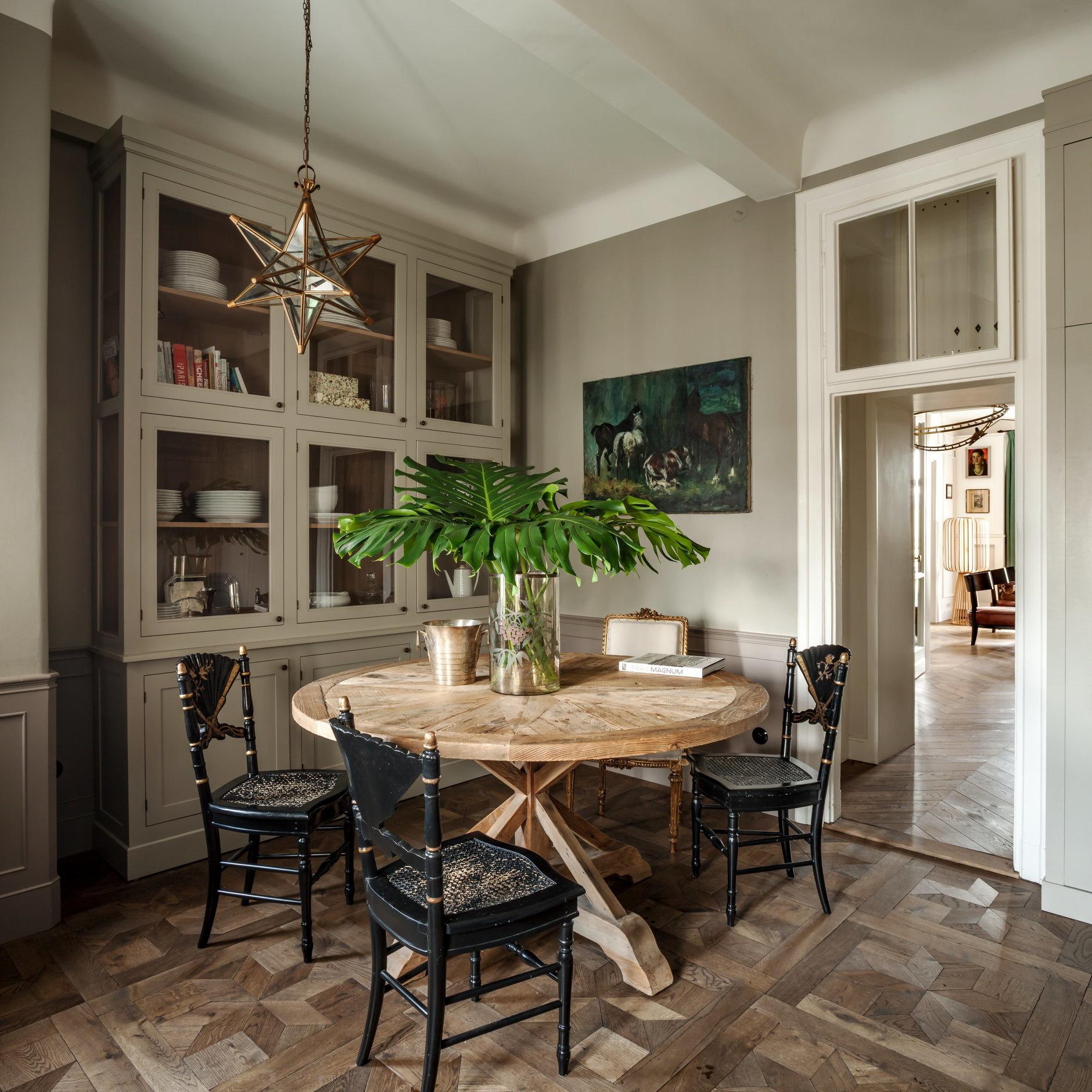 Круглый обеденный стол: 40 полезных примеров (галерея 1, фото 0)