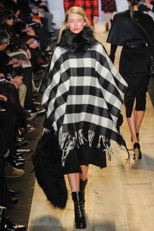 Показы мод Michael Kors Осень-зима 2012-2013 | Подиум на ELLE - Подиум - фото 1619