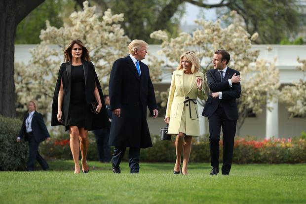 Модная битва первых леди: Мелания Трамп vs Бриджит Макрон (фото 1)
