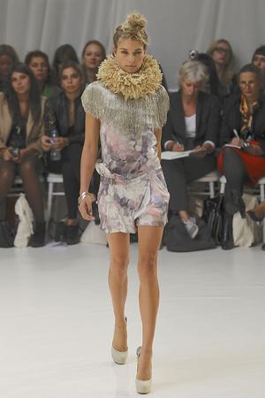 Показы мод Sass & Bide Весна-лето 2011 | Подиум на ELLE - Подиум - фото 2615