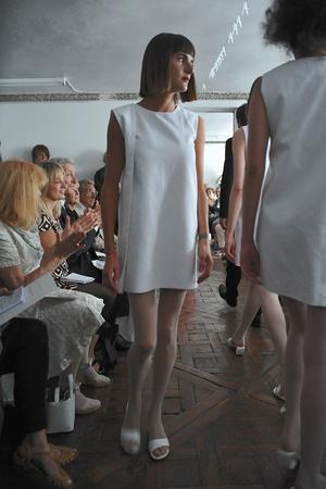 Показ Adeline Andre коллекции сезона Осень-зима 2009-2010 года Haute couture - www.elle.ru - Подиум - фото 87035