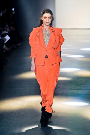 Показы мод Vivienne Westwood Осень-зима 2012-2013 | Подиум на ELLE - Подиум - фото 1427