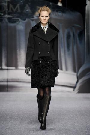 Показ Laura Biagiotti коллекции сезона Осень-зима 2013-2014 года prêt-à-porter - www.elle.ru - Подиум - фото 524924