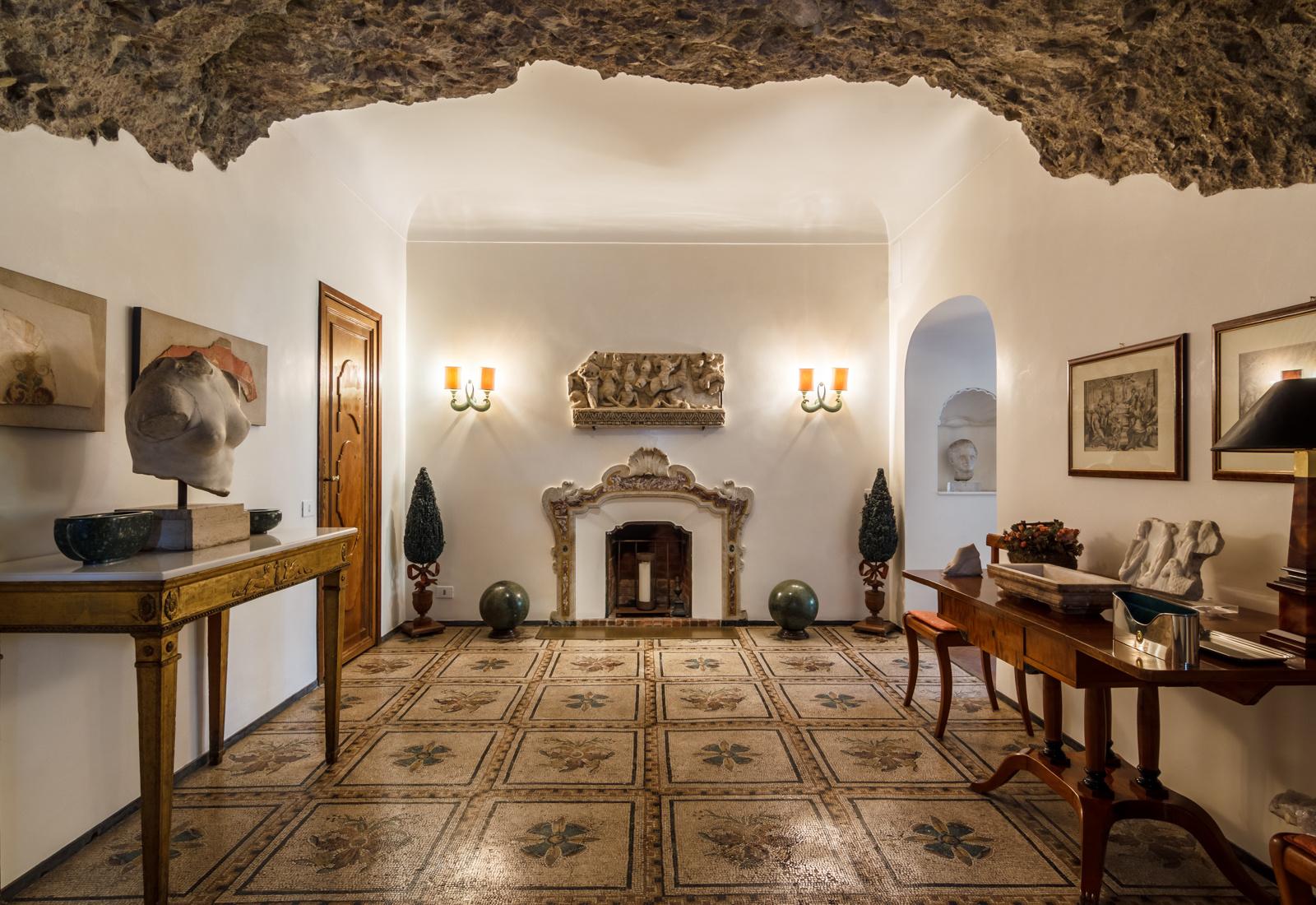 Продается бывшая вилла Софи Лорен в Риме (галерея 3, фото 2)