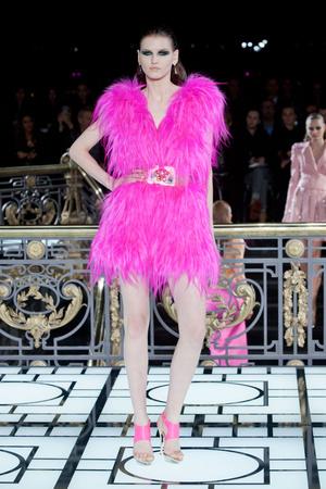 Показ Atelier Versace коллекции сезона Весна-лето 2013 года haute couture - www.elle.ru - Подиум - фото 476984