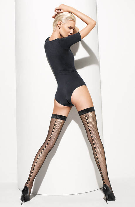 одевать чулки только для секса