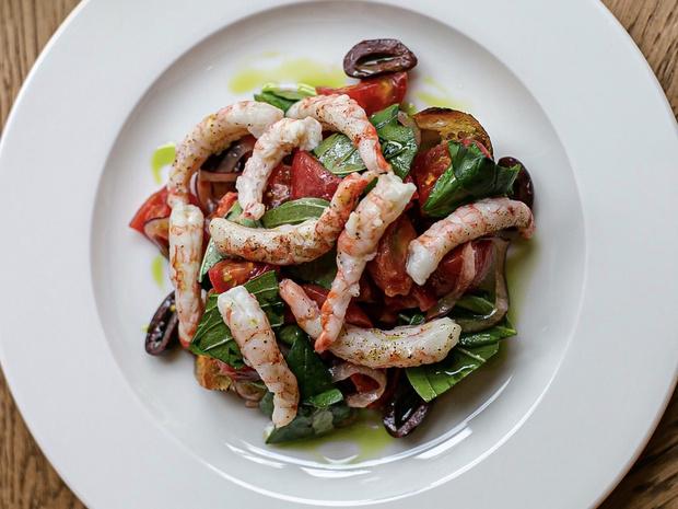 Под солнцем Тосканы: салат «Панцанелла» по рецепту Глена Баллиса (фото 1)