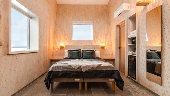 Arctic Bath: плавучий отель в Швеции (фото 8)