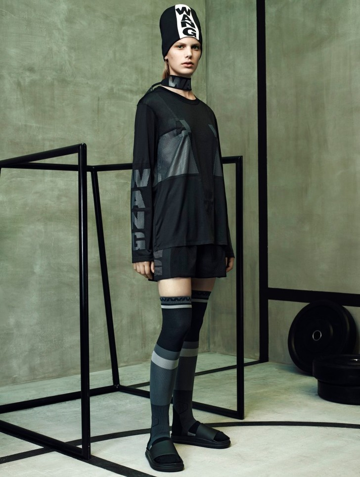 Опубликована полная версия лукбука коллекции Alexander Wang X H&M