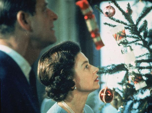 Баланс сил: история счастливого брака Елизаветы II и принца Филиппа фото [10]