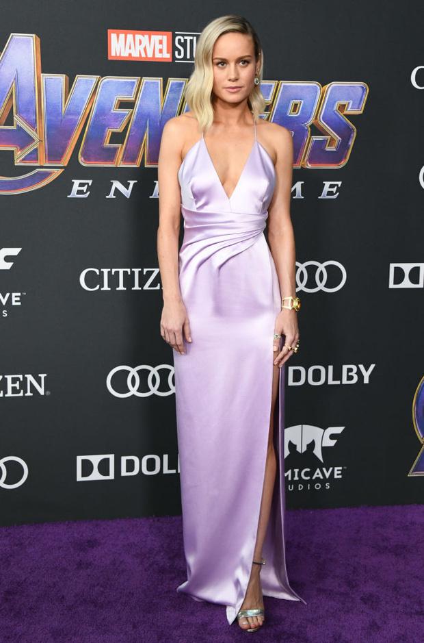 Лавандовая мечта: шелковое платье Celine Бри Ларсон (фото 1)