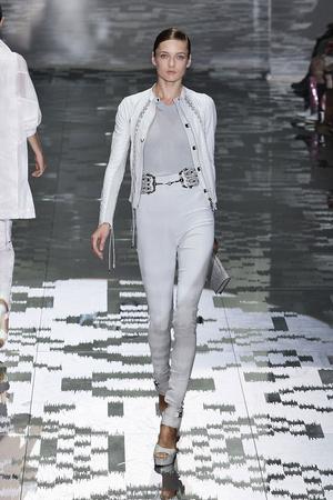 Показы мод Gucci Весна-лето 2010 | Подиум на ELLE - Подиум - фото 2977