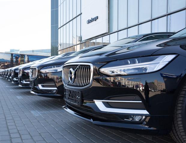 Вприложении Wheely теперь можно заказать автомобиль Volvo S90 (фото 3)