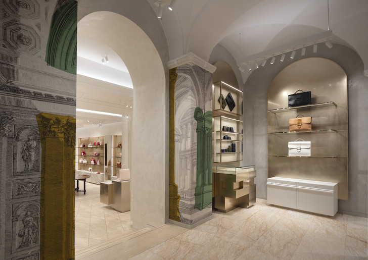 Delvaux opens its first boutique in Rome (фото 9)