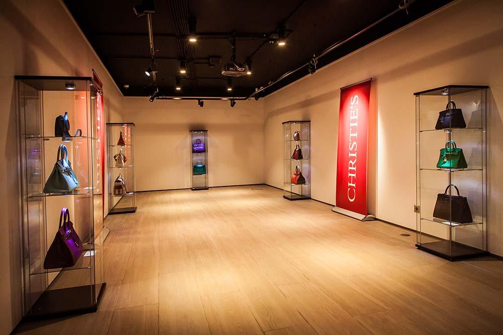 Первая выставка эксклюзивных сумок Hermès и винтажной одежды модных Домов в Москве | галерея [1] фото [4]