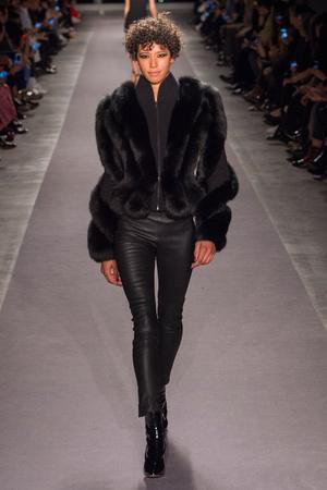 Показы мод Brandon Maxwell Осень-зима 2017-2018 | Подиум на ELLE - Подиум - фото 4820