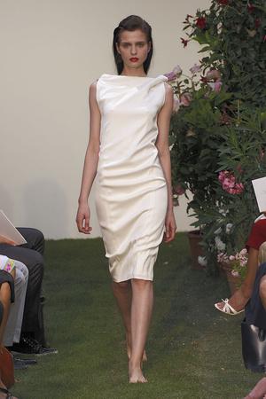 Показ Maison Rabih коллекции сезона Осень-зима 2010-2011 года haute couture - www.elle.ru - Подиум - фото 168197